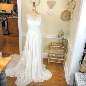 Nicole Miller NWT Bridal Wedding Dress Gown Silk 8